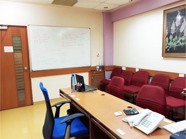 White Room Andheri
